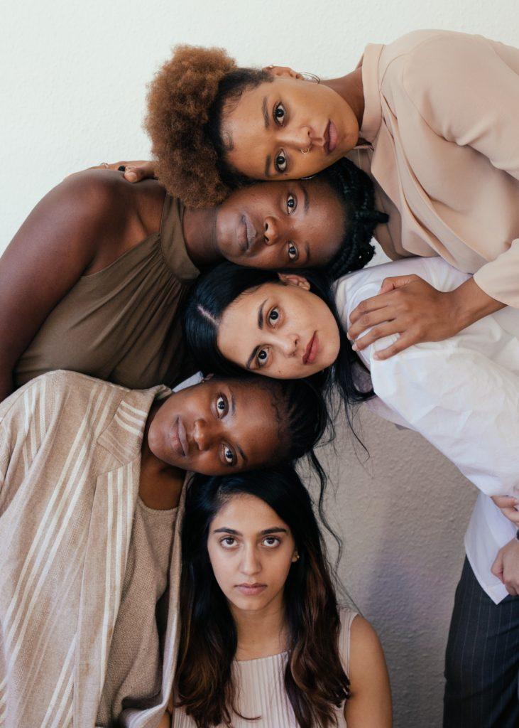la tribu des nanas